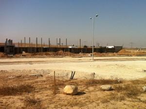 בניית מפעל קרגל יולי 2015